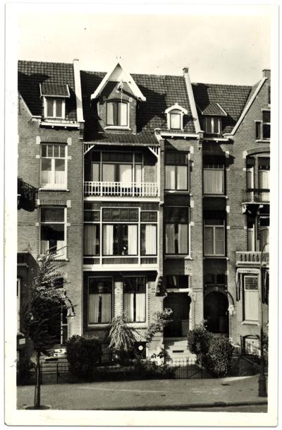 010-Van-Eeghenstraat